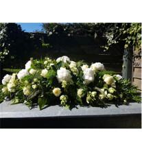 nr 76 White funeral